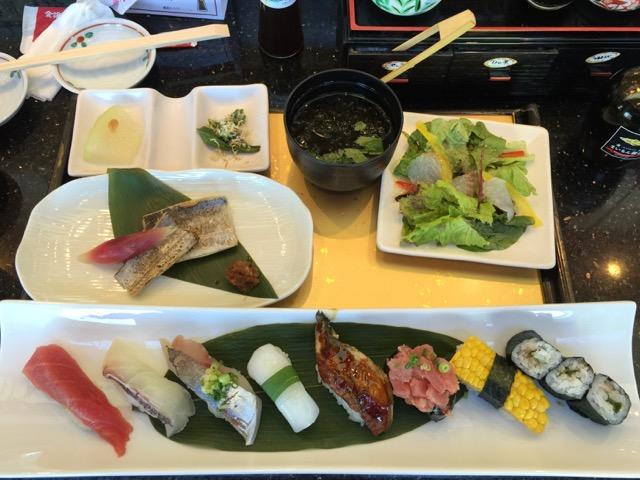 横浜港南台にある「金沢まいもん寿司」は回転寿しとは思えない味。ランチメニューでも大満足です。