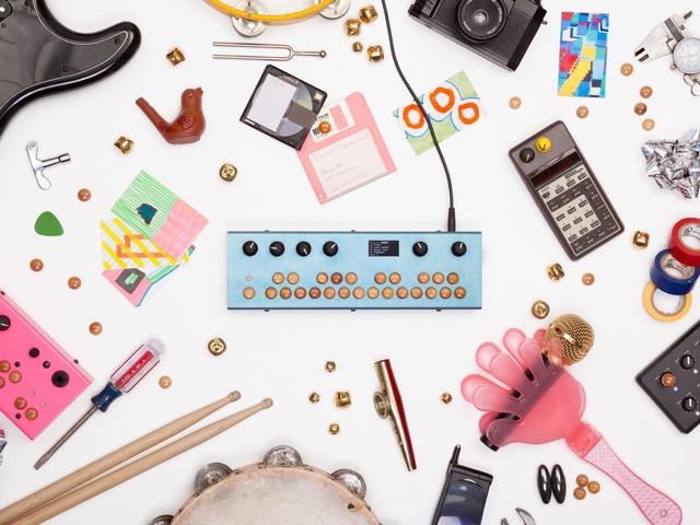 PureDataでプログラミングすれば、自分だけのハードウェアシンセサイザーができる!Critter & Guitari社の「Organelle」